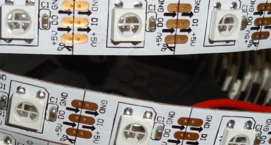 5V_programmable_WS2812B_RGB_5050_LED_light_strip