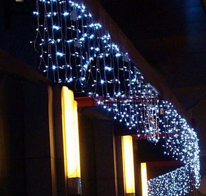 Icicle_LED_String_Light_3M_100LEDs_White_3.png